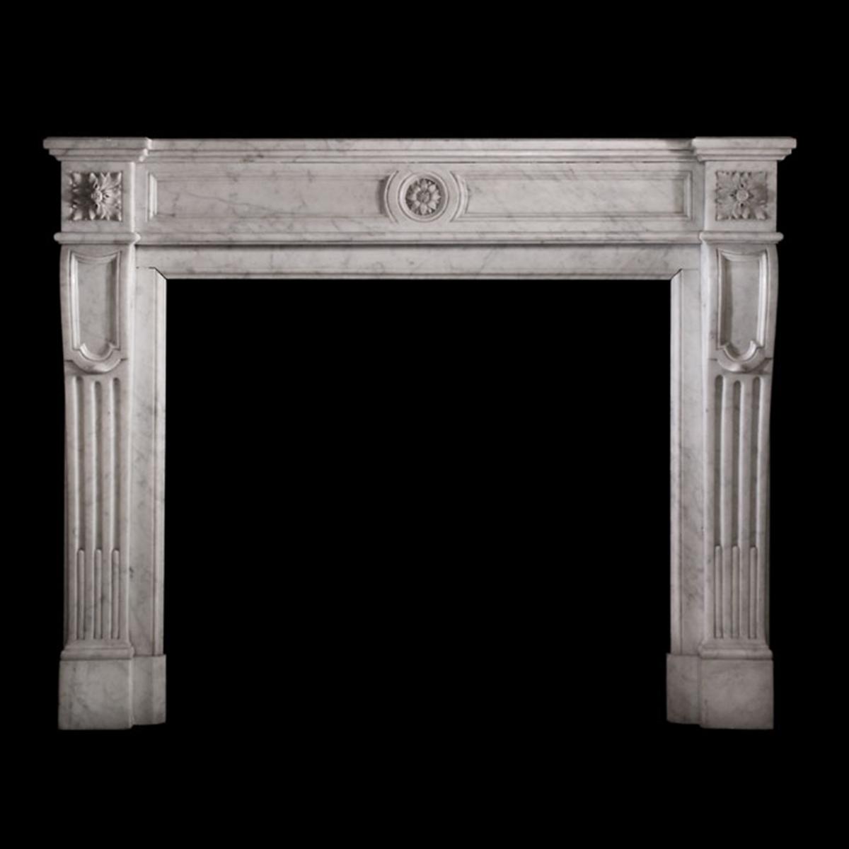 antike kamine hand geschnitze kamine antike franz sisch. Black Bedroom Furniture Sets. Home Design Ideas
